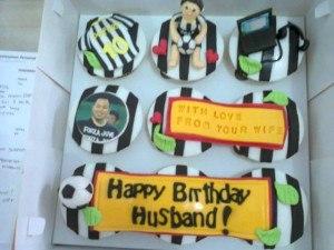 juventus birthday cupcake suami
