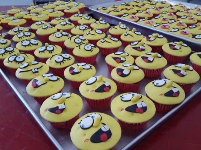 AWESOME!!!!! Maap sist Ratna baru review skr! Januari lalu ku pesen 100 pcs Spongebob untuk ultah twins ku. Semuanya suka.....termasuk twins, walo cuman muka spongebob nya aja yg di makan. :D Thanks yaaaa ? ?
