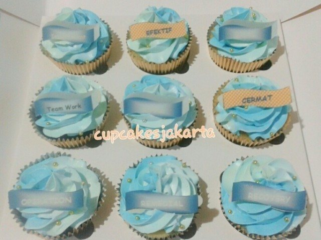 Cupcakes for WOM Finance - Maret 2015