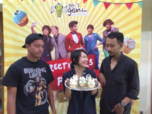 One Direction Cupcakes buat Party @GenFM - Maret 2015