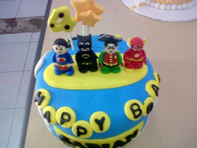 ulang tahun anak laki biasanya kita cari cake atau kue ulang tahun ...
