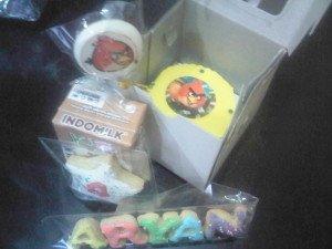 angrybirds goodie bag cupcake