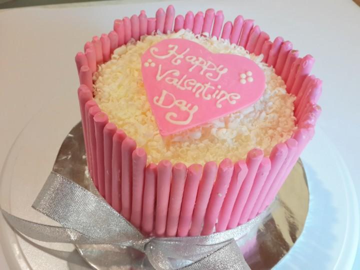 Valentines Pocky Strawberry Cake Cake Terbaru Romantis