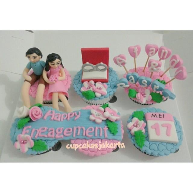 engagement cupcakes nuansa biru