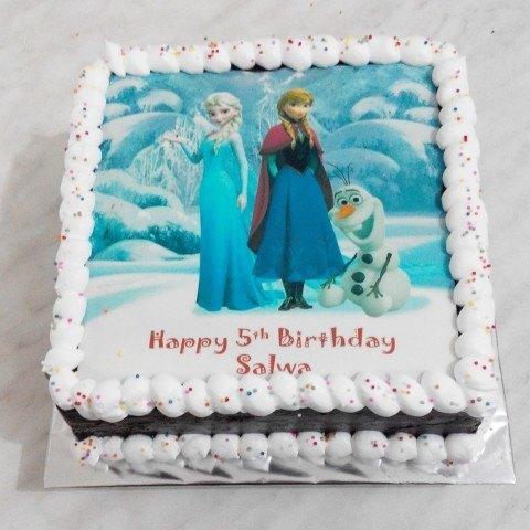 10 Desain Cake Ulang Tahun Tema Frozen
