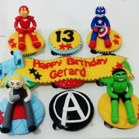 avenger-superhero-cupcake-mei