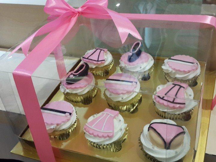 cupcake-hantaran-seserahan-baju-mei