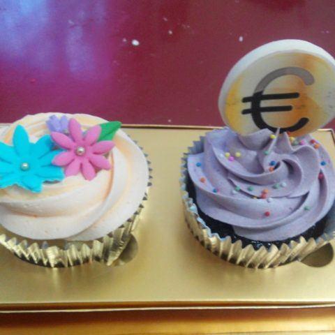 sq-cupcake-euro-souvenir-ultah-okt